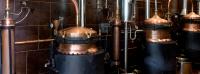 Les alambics de la distillerie mette