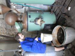 distillation de miel fermenté au bain-marie